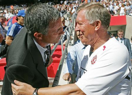 Alex_Ferguson_with_Jose_Mourinho_216854853.jpg