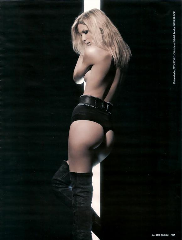 Sexy Sarah Brandner