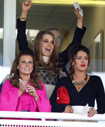 Ladies Day - The 2017 John Smith's Grand National - Day One - Aintree Racecourse