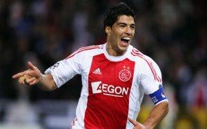 Luis Suarez Ajax Captain