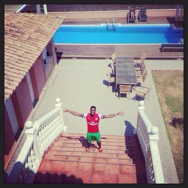 Serge-Aurier-Arsenal-fan