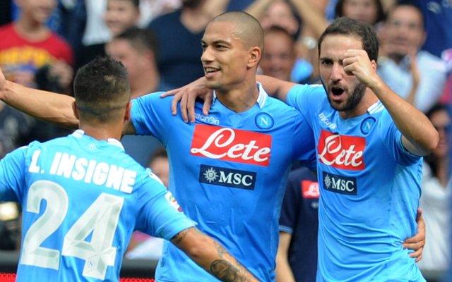 Gokhan Inler Napoli Arsenal