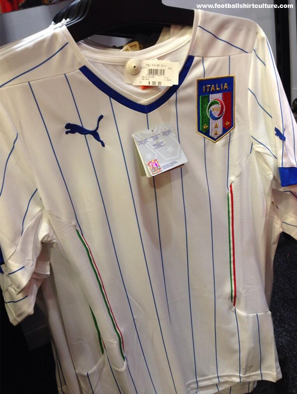 Italy2014AwayLeaked1