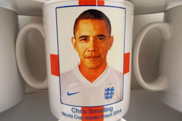 obama-smalling-mug