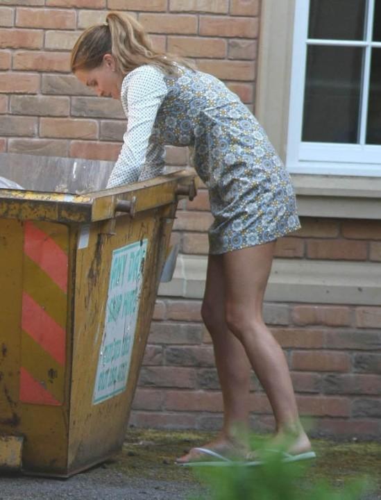 Danielle Lloyd bins 2