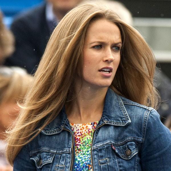 Kim Sears, Andy Murray's girlfriend, in denim jacket
