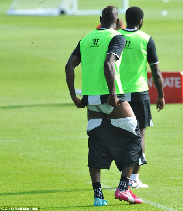 Mario Balotelli underpant issues