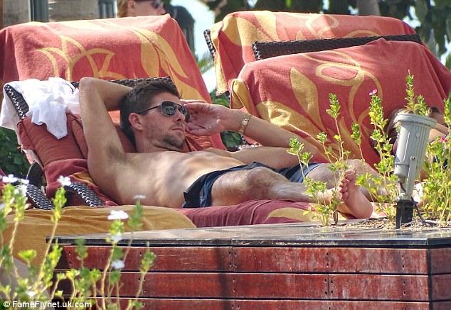 Steven Gerrard chilling in the sun