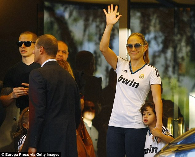Jennifer Lopez - Real Madrid