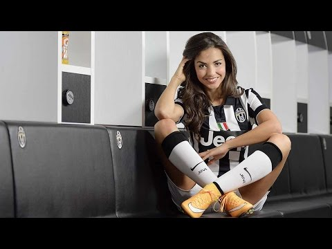 Laura Barriales, hot Juventus TV presenter