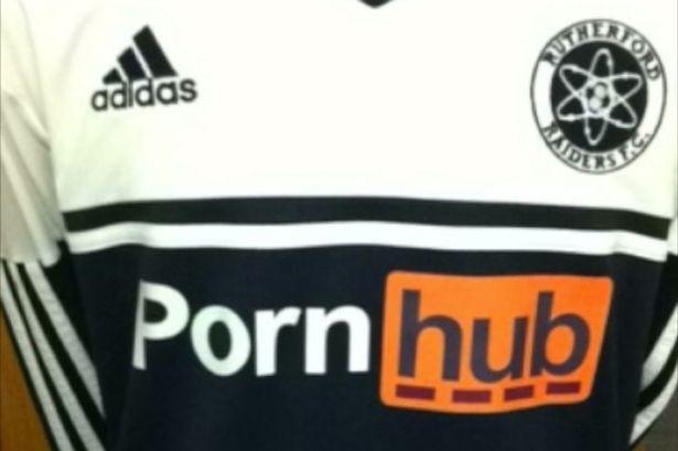 PAY-pornhub-football-team