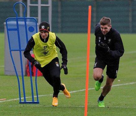 Steven Gerrard & Philippe Coutinho in Liverpool training