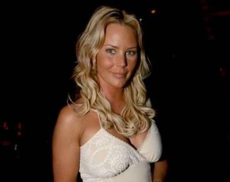 hot scandinavian wife