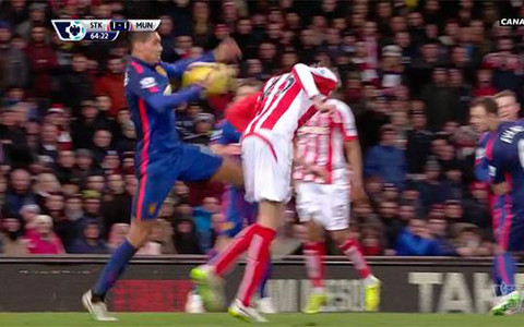chris smalling handball