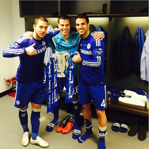 Selfie Time Chelsea Stars Celebrate Capital One Cup Win On Instagram Caughtoffside