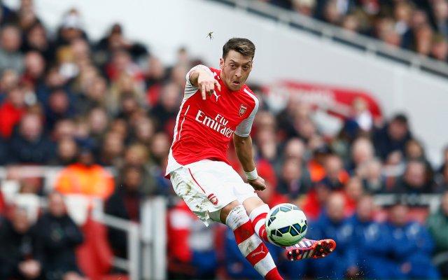 Mesut Ozil - Liverpool