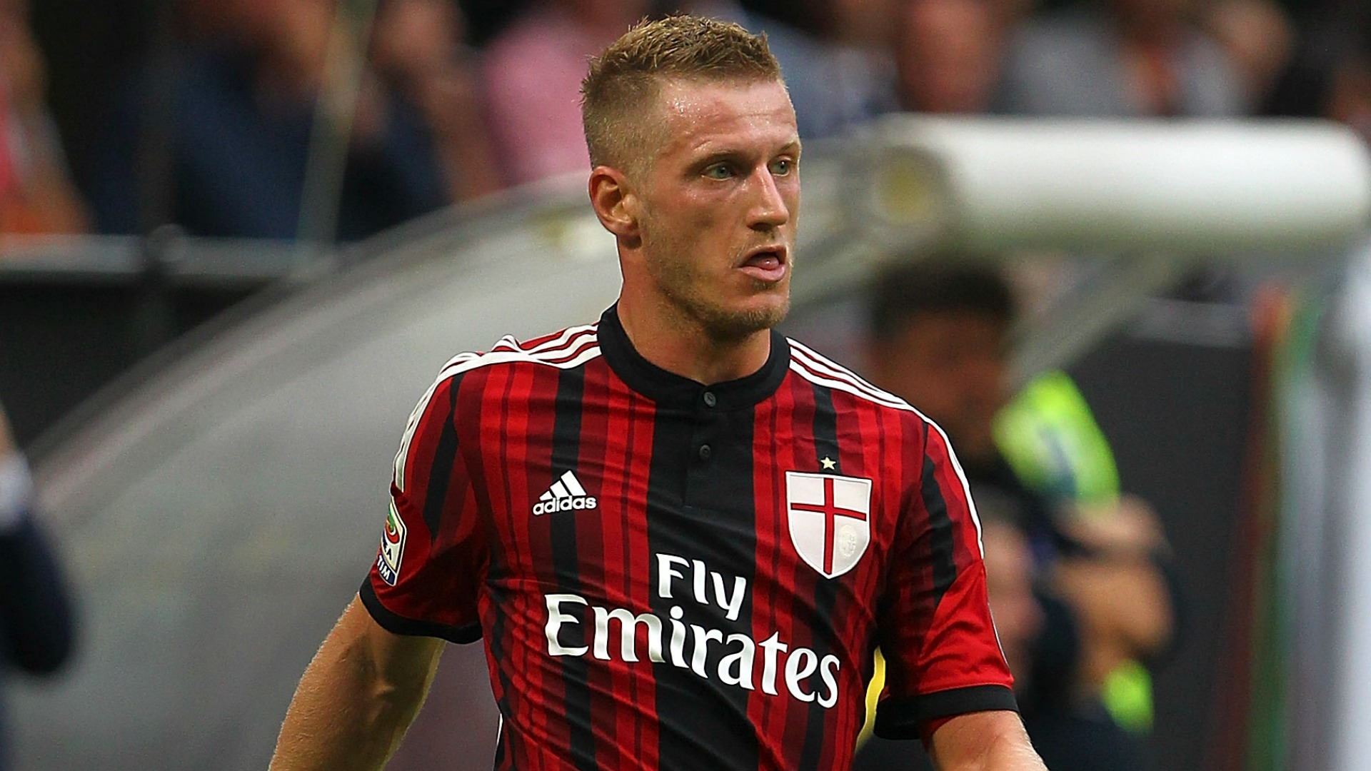 AC highlights:  - Frosinone 2-4 Abate starts Video Milan
