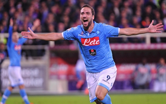 Gonzalo Higuain Arsenal: Napoli Striker Rejects New