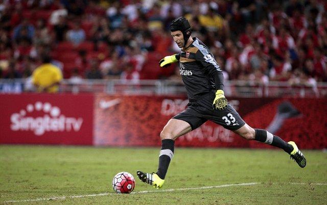 Petr Cech Arsenal friendly