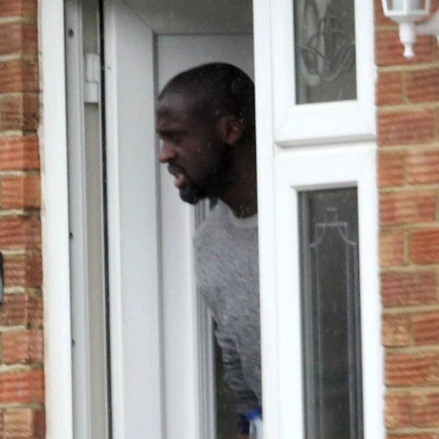 Yaya Toure Affair Man City Star Spotted At Womans House-6466