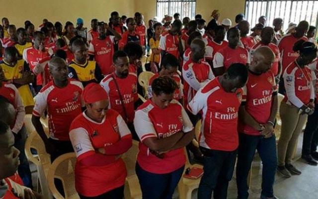 Chelsea Fans Celebrating In Nigeria - YouTube