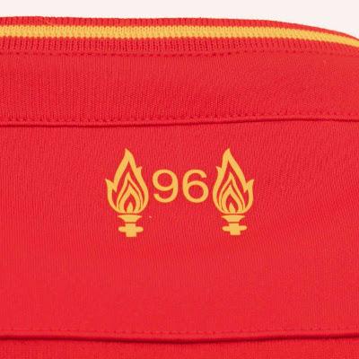 Liverpool kit 3