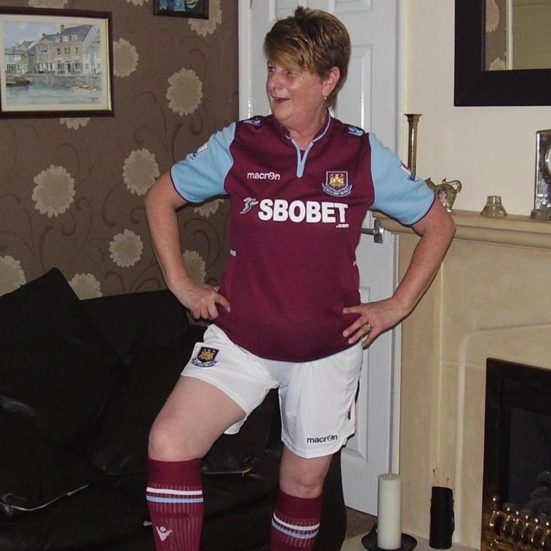 West Ham full-kit wanker