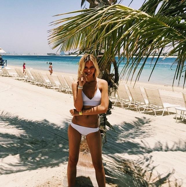 Annelie Alpert hot by the beach