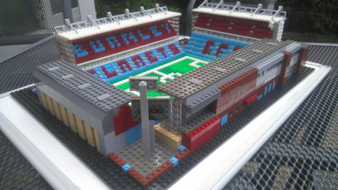 Lego Turf Moor