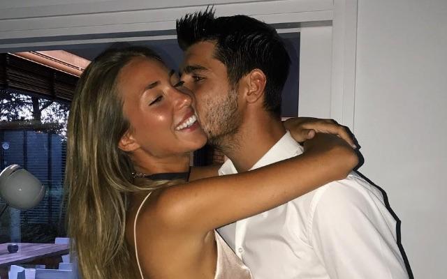 Alvaro Morata kissing wife Alice Campello