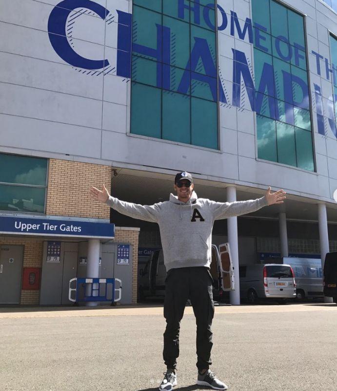 Alvaro Morata outside Stamford Bridge