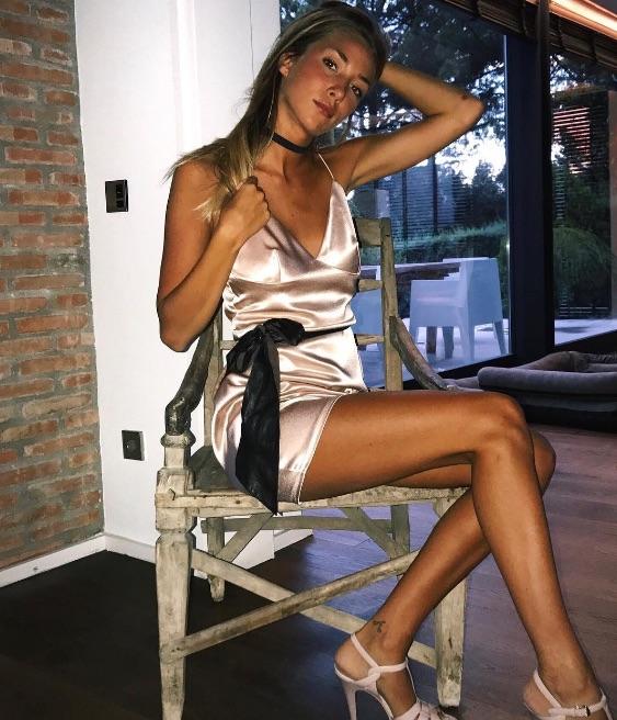 Alvaro Morata wife Alice Campello posing