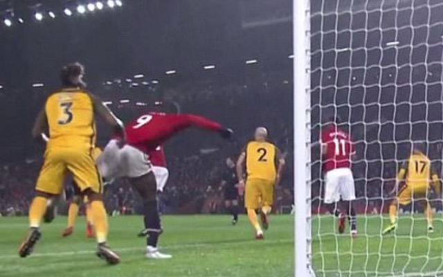 Romelu Lukaku assaulted Gaeten Bong