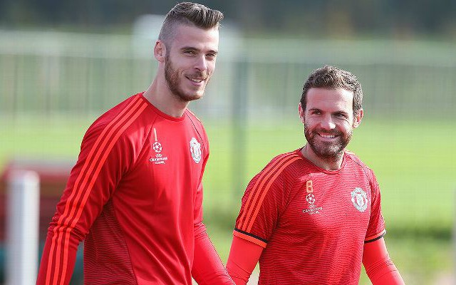 David de Gea and Juan Mata in Manchester United training
