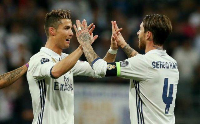 Cristiano Ronaldo and Sergio Ramos 'hand in' transfer ... |Sergio Ramos And Cristiano Ronaldo