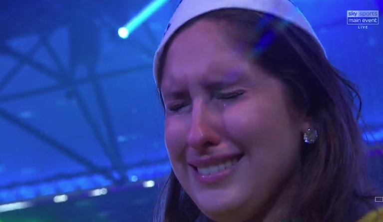 Diogo Portela's girlfriend got emotional at Ally Pally