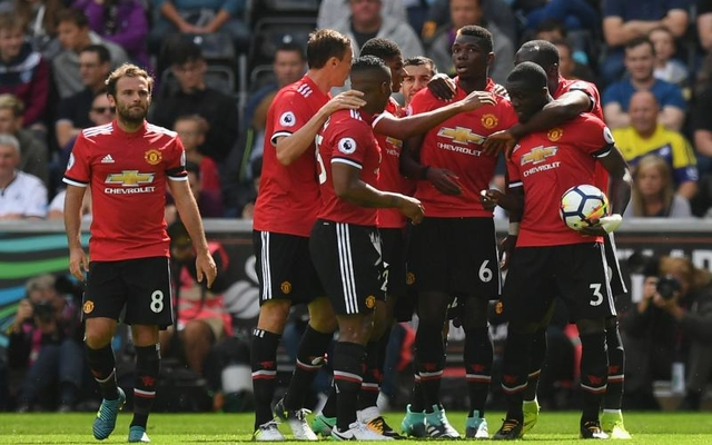Pogba Man Utd teammates celebrate