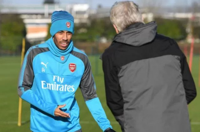 aubameyang wenger training