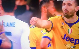 d6d8891c482 Video: Furious Juventus ace accuses Real Madrid of bribery with hand gesture,  Buffon livid with referee