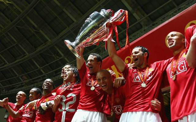man utd champions league trophy
