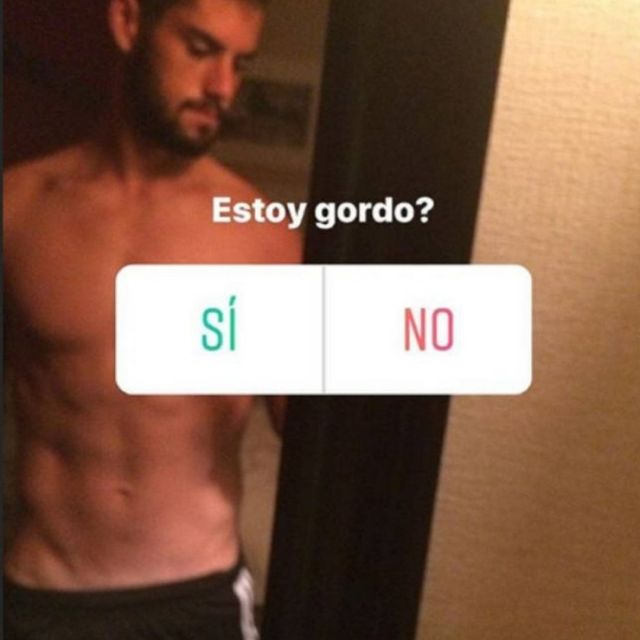 Isco posts 'Am I fat' picture to instagram