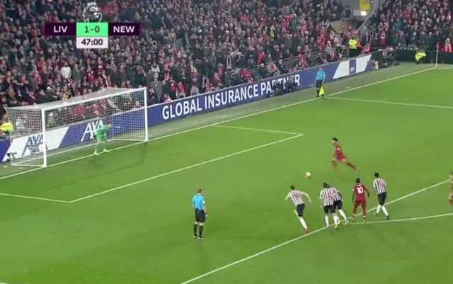 video mo salah fine penalty goal in liverpool vs newcastle