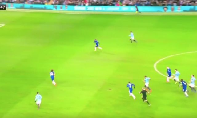 Video: Awful Jorginho moment in Chelsea vs Man City
