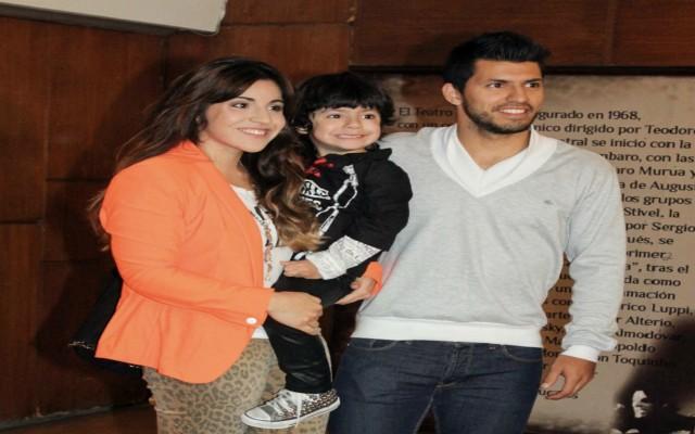 Man City star Aguero dating Ashley Ward's daughter