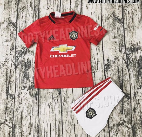 b235d81c492 It looks like it s back to the more traditional white shorts for United as  well next season