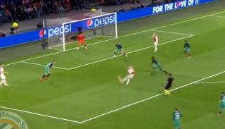 Ziyech goal video Ajax vs Tottenham