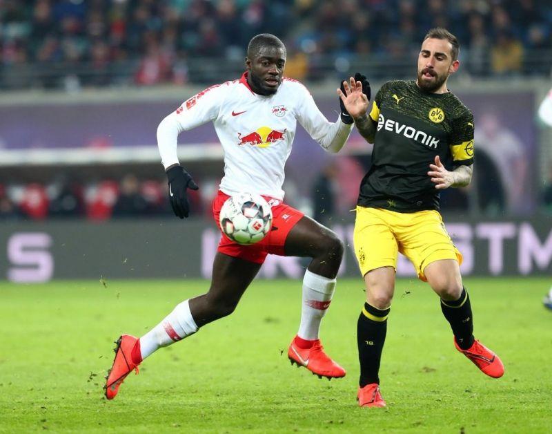 Upamecano-in-action-for-Leipzig-last-season