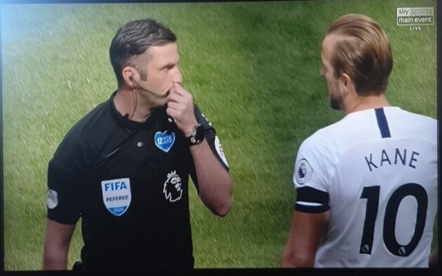 These Arsenal Fans Furious After Kane S Pre Match Chat With Ref