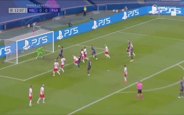Video: Marquinhos scores bullet header for PSG vs RB Leipzig