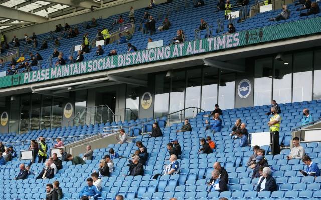 brighton fans social distancing